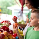 Parenting-Is-it-Important-to-Feed-Kids-Organic-Food