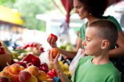 Parenting: Is It Important to  Feed Kids Organic Food?